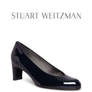 STUART WEITZMAN Chic pump in black patent leather